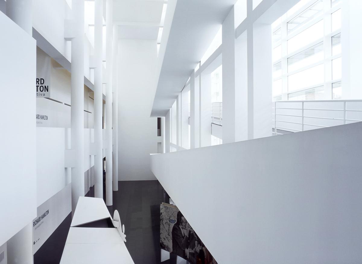 Fotografia arquitectura Macba por Ainhoa Anaut